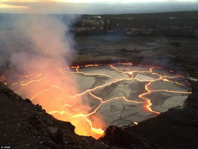 Kilauea-Crater-full